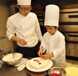 デコレーションケーキ教室