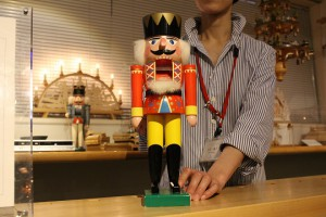 玩具博物館 くるみ割り人形(サムネ)